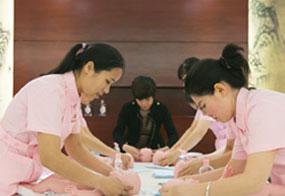 金牌母婴护理师(10天)